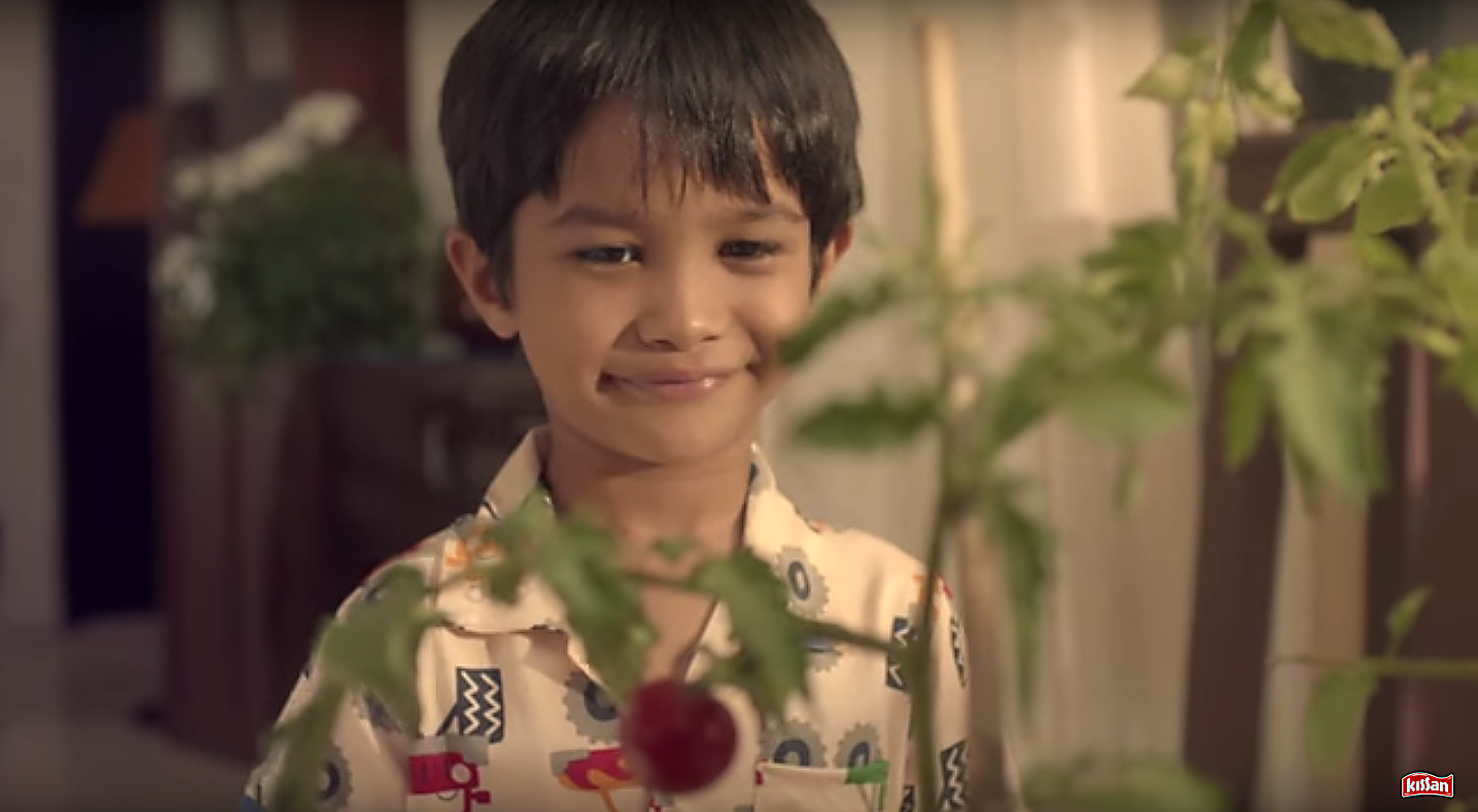 hindustan unilever s marketing campaign chalo kissanpur Ogilvyone named grand prix winner of 4a's jay chiat awards 2014   sao paulo--beneficent institution's winter campaign & shopping  india--hindustan unilever ltd little.