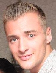 Elliot MacNay