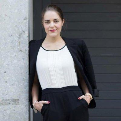 Melanie Deziel